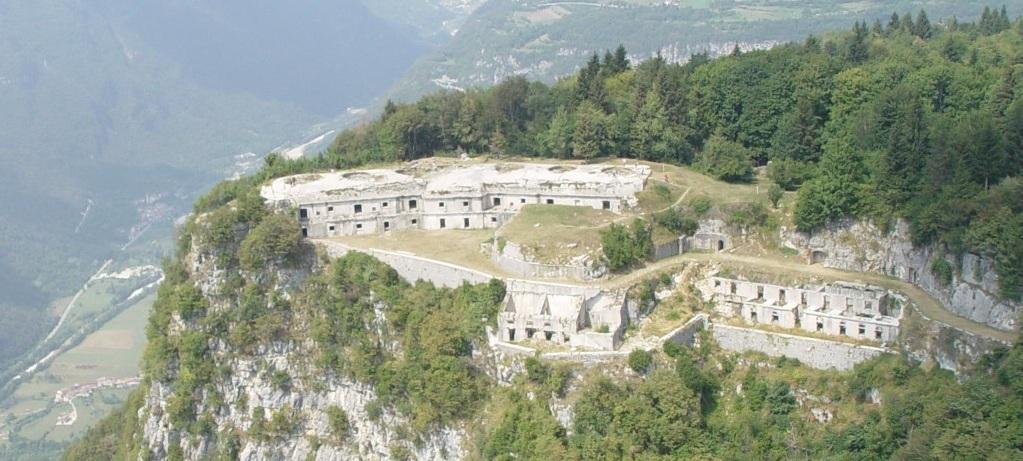 Forte di Punta Corbin - Treschè Conca di Roana (VI)